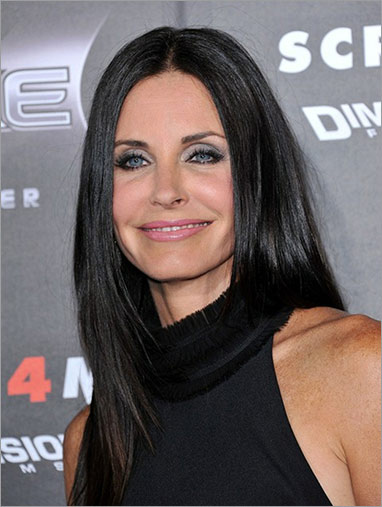 Celebrity Surgery: 48-year old Courtney Cox, photo