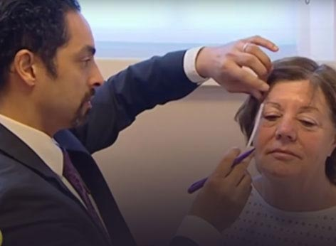 Watch Video - ITV Lorraine Show Featured patient of Dr. Julian De Silva, underwent Natural Face and Neck lifting