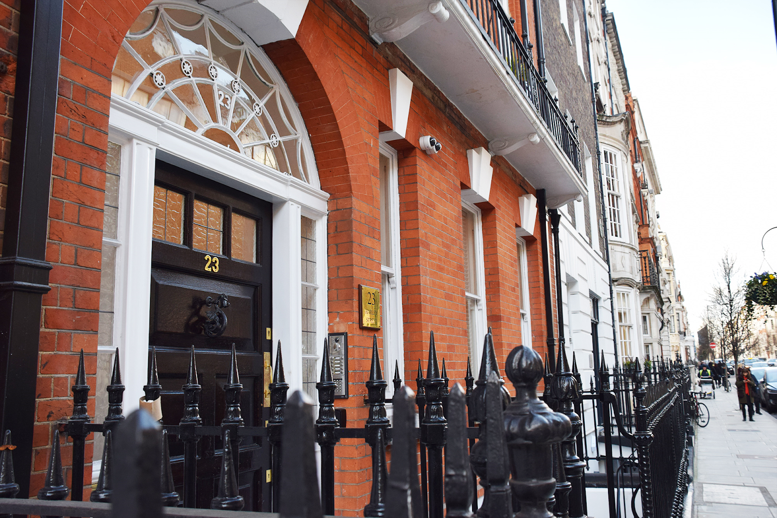 Out of Town Patients: 23 Harley Street, Front of Building
